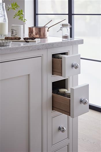 Oak spice drawers storage solution