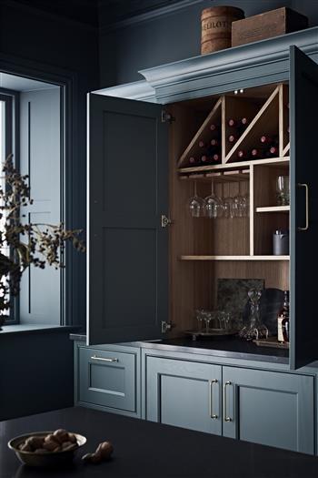 Wine rack, drinks cabinet display case
